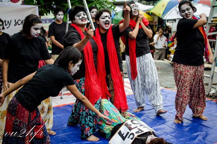 Kolkata Street Theatre - performance and translation